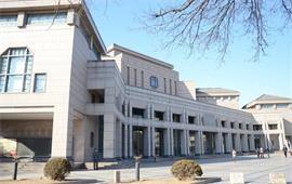 北京大学百年讲堂