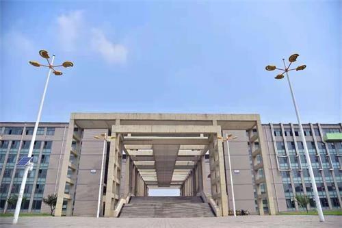河北科技大学校园风景图05